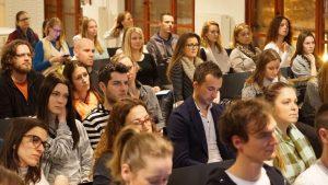 """Prvá prednáška zo série ,, Psychológia šťastia"""" 2. marca 2017 v Impact Hub Bratislava"""