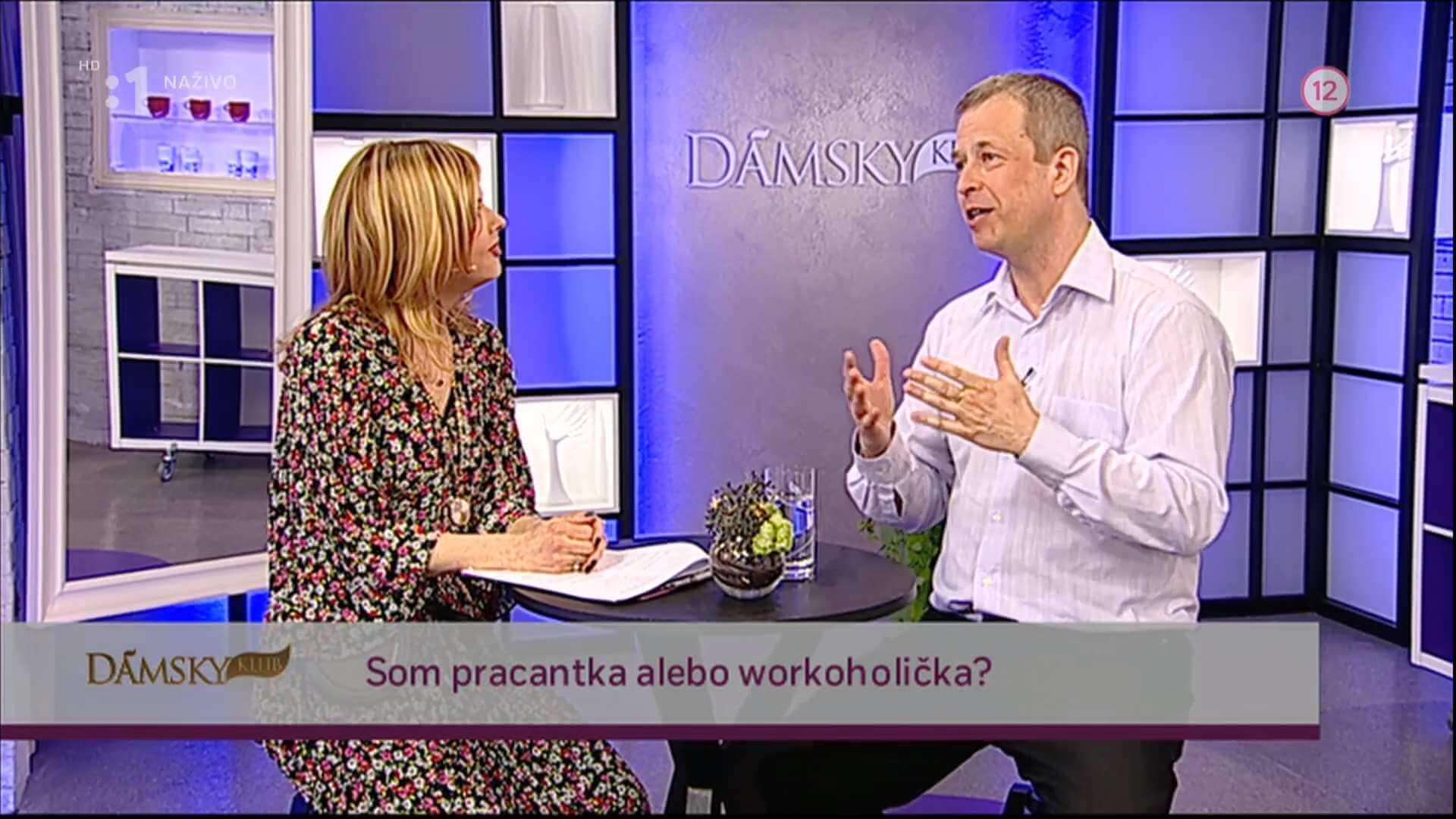 Dámsky klub workoholizmus